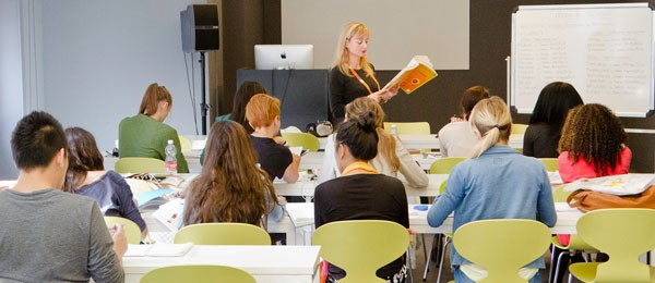 Preparatory Course for University in Milan, group of students and teacher